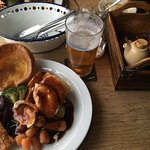 Sunday Roasty at The Three Cups. Perfect venue, service and food. A real taste of local food at