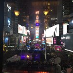Photo de R Lounge at Two Times Square