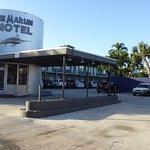 Einfahrt Motel Blue Marlin