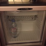 Le minibar de la chambre executive pour platinum BY MERCURE