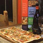 Promoción Pizza Rustica alla Carne + cerveza 750cc. inedit.