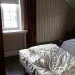 'De Luxe' twin room.