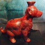 Un exemple de figurine de terre cuite.