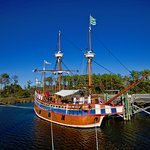 Come board the Elizabeth II ship and learn all about the voyages to the New World.