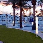 Courtyard at Serene Vegas, an InnPlace Resort