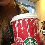 ภาพถ่ายของ Starbucks Bergues