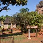Ravineside Lodge lies on the hillside of Entabeni Rock