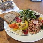 Schweizer Wurst Salat