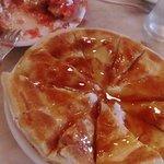 Σφακιανή πίτα με μέλι εξαιρετική!!
