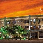 Photo of Lira Hotel