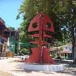Escultura localizada na Praça