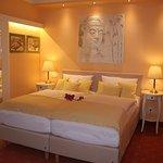 Hotel Modena Photo