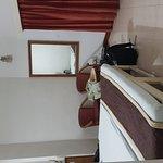 Hotel Shikha Foto