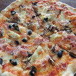 Pizza Capricciosa!!