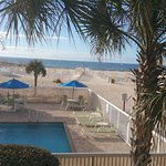 Ocean and two pools. Clean rooms, new beds, great fresh breakfast- cheese omelets, yogurt, waffl
