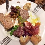 Medium mixed starter plate - various vegetables and pate