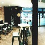 Le Côté bar, bar à café, bar à vin