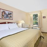 Handicap King Size Room (Limited Availability)