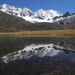 Montaña Tunsho 5750m dentro de la reserva Nor yauyos a 2 horas de Huancayo.