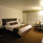 El Condado Miraflores Hotel & Suites Photo