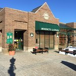 Benedict's La Strata entrance in the Brink Street Market in downtown Crystal Lake, IL