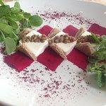 Beetroot & Goats cheese & Pinot Noir