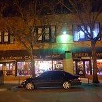 Allgood Cafe resmi