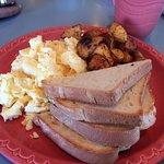 The Grateful Bread Bakery & Restaurant Foto