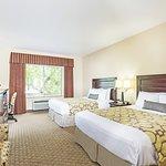 Baymont Inn & Suites Mesa Near Downtown Image