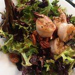 Shrimp salad with pecans