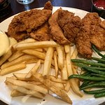 Chicken tenders platter with honey mustard and green beans