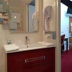 salle de bain chambre lits jumeaux supérieure