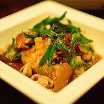 Pad Kapraow Taohoo (stir fried assorted mushrooms with tofu in hot basil sauce)