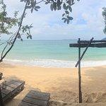 Foto de Coral Reef Holiday Beach Resort
