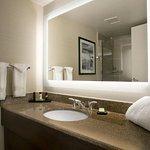 Embassy Suites by Hilton Cleveland - Beachwood Foto