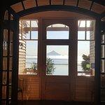 La vista del hotel es increíble hasta en la puerta de entrada!