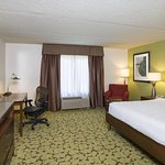 Photo de Hilton Garden Inn Edison/Raritan Center