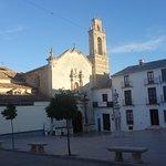 Fachada de la Iglesia de San Francisco Priego de Córdoba, a la derecha el ex Monasterio hoy hote