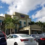 Photo de Fairfield Inn & Suites Fort Lauderdale Airport & Cruise Port