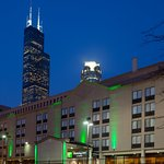 Holiday Inn Chicago Downtown Hotel near Willis Tower