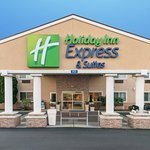 Photo of Holiday Inn Express Hotel & Suites Burlington