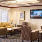 Photo de Holiday Inn Express Middletown / Newport