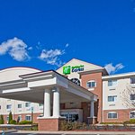 Photo of Holiday Inn Express Charlotte