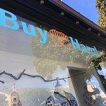 Buy Hand, Laguna Beach: front window