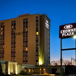 Photo of Crowne Plaza Newark Airport