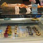 Photo de Bistro 101 at Pacific Institute of Culinary Arts