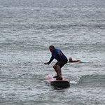Foto de Outrageous Surf School