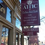 Foto de The Attic Coffee Mill Cafe