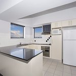 1 bedroom apartment with large kitchen