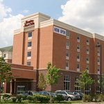 Photo of Hampton Inn and Suites Detroit/Airport-Romulus